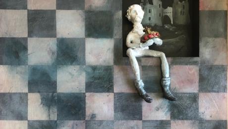 © Suzanne Therrien, Et après... , acrylique sur bois et argile de papier, 24 x 24 po